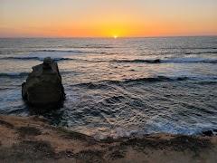 Fotografija na kojoj je Sunset Cliffs